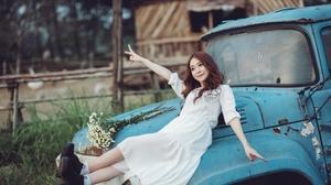 Asian Bouquet Brunette Depth Of Field Girl Model White Dress Woman 2560x1617 Wallpaper