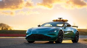 Aston Martin Vantage Car Formula 1 Green Car Safety Car Sport Car 3840x2160 wallpaper