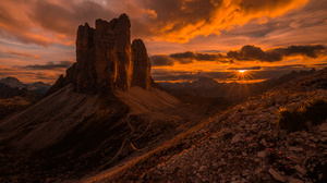 Dolomites Earth Italy Mountain Sunset 2500x1669 wallpaper
