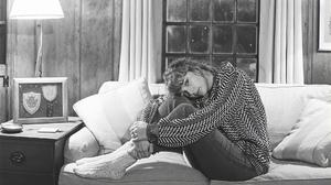 Taylor Swift Women Singer Socks Monochrome Blonde Long Hair 1920x1080 Wallpaper