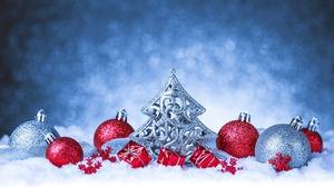 Christmas Ornaments Gift Red Snow Silver Bokeh 2880x1800 Wallpaper