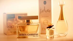 Dior Dolce Amp Gabbana Perfume 2560x1600 wallpaper