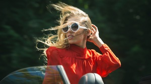 Glasses Vintage Red Women Makeup Summer Fashion Car Sunglasses Blond Hair Wind Dress Face Looking At 5166x3002 Wallpaper