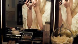 Anya Taylor Joy Women Actress Blonde Long Hair Mirror Reflection Makeup Dior 1333x2000 Wallpaper