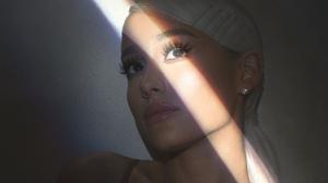 American Singer Actress 5120x4200 Wallpaper
