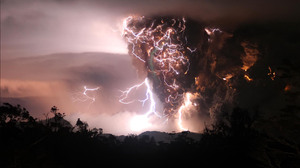 Eruption Lightning Volcano 2996x2000 Wallpaper