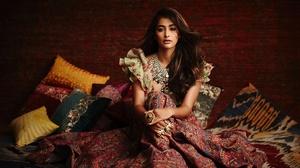 Girl Model Brunette Indian Actress Bollywood Long Hair Necklace 1920x1280 Wallpaper