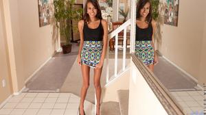 Women Model Brunette Legs Bare Shoulders Dress High Heels Hips Mirror Reflection 2405x1600 Wallpaper