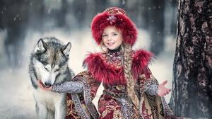 Smile Wolfdog Braid Hat Depth Of Field Traditional Costume 2048x1262 Wallpaper