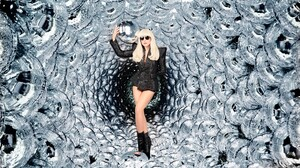 American Balloon Blonde Lady Gaga Singer Sunglasses 3500x2333 Wallpaper