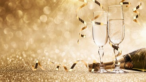 Alcohol Bokeh Bottle Champagne Glasses 7000x3840 Wallpaper