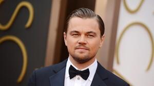 Actor American Leonardo Dicaprio Man Suit 2500x1661 Wallpaper
