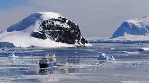 Ship Iceberg Snow Ice 2048x1088 Wallpaper
