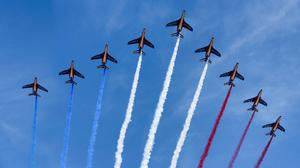 Air Show Aircraft Jet Jet Fighter Military Smoke 2048x1152 wallpaper