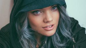 Becca Dudley Women DJ Long Hair Blue Hair Blue Eyes Face Closeup 1280x1706 Wallpaper