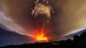 Volcano Fire Cloud Lightning 3750x2500 Wallpaper