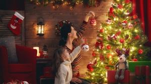 Christmas Lights Christmas Ornaments Christmas Tree Gift Girl Little Girl Woman 2398x1920 Wallpaper