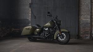 Bike Harley Davidson Road King Motorcycle 2400x1600 Wallpaper