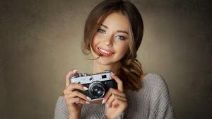 Women Brunette Wavy Hair Makeup Eyeliner Blue Eyes Smiling Looking At Viewer White Nails Camera Port 2048x1349 wallpaper