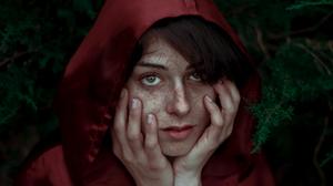 Green Eyes Portrait 4288x2848 Wallpaper