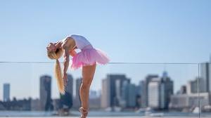 Women Outdoors Women Outdoors Dancer Tiptoe Ballet Slippers Blonde Flexible Tutu Ballerina Ponytail 2560x1707 Wallpaper