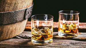 Alcohol Drink Glass Whisky 2000x1356 Wallpaper