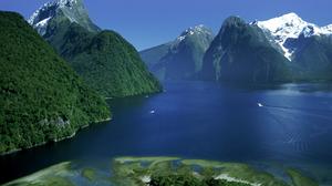 Earth Lake Milford Sound Mountain New Zealand 1920x1200 wallpaper