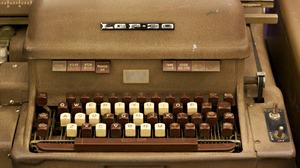 Man Made Typewriter 1600x1200 Wallpaper