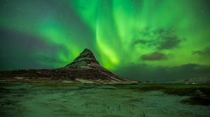 Earth Aurora Borealis 2048x1365 wallpaper