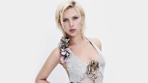 Blonde Actress American 2560x1440 wallpaper