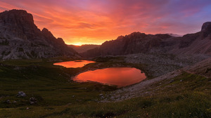 Dolomites Evening Italy Lake Mountain Rock Sunset 2880x1800 Wallpaper