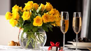 Champagne Flower Gift Glass Vase Yellow Rose 5616x3744 Wallpaper