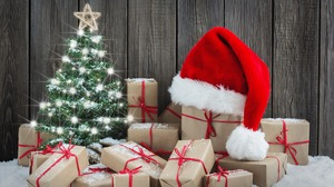 Christmas Tree Gift Santa Hat 2880x1800 Wallpaper