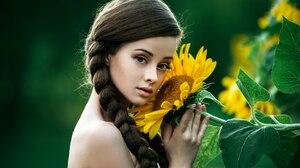 Women Model Women Outdoors Outdoors Dark Hair Long Hair Looking At Viewer Flowers Plants Sunflowers  2560x1709 Wallpaper
