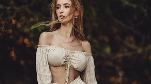 Alex Siracusano Model Women Redhead Brown Eyes Top Bare Shoulders Hips Looking Away Portrait 2048x1365 Wallpaper