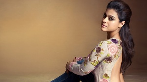 Bollywood Actress Woman 2915x1640 Wallpaper