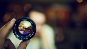 Bokeh Lens Face Blurred Technology Hands Olympus 2560x1600 Wallpaper
