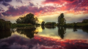Cloud Lake Nature Reflection Sky 2500x1668 wallpaper