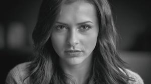 Black Amp White Face Girl Model Stare Woman 3840x2560 Wallpaper