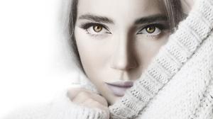 Alexander Drobkov Angelica Zavarzin Model Women Face Eyes Sweater White Background Closeup Portrait 2560x1707 Wallpaper