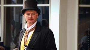 British Men Top Hat 4156x2753 Wallpaper