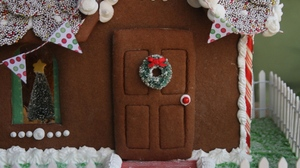 Christmas Gingerbread House Decoration 1920x1280 Wallpaper