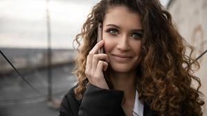 Curl Face Girl Hair Phone Portrait Smile 2560x1707 Wallpaper