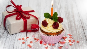 Candle Cupcake Gift Still Life Sweets 4114x2703 Wallpaper
