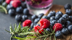 Berry Blueberry Fruit Raspberry Still Life 1920x1281 wallpaper