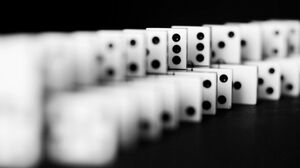 Game Dominos 2401x1484 Wallpaper