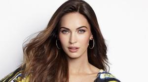 Actress American Blue Eyes Brunette 3200x2000 Wallpaper