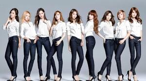 SNSD Girls Generation Tiffany Hwang Kim Taeyeon Seohyun Jessica Jung Kim Hyoyeon Choi Sooyoung Kwon  1920x1200 Wallpaper