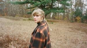 Taylor Swift Women Singer Blue Eyes Nature Blonde Long Hair 2000x1465 Wallpaper