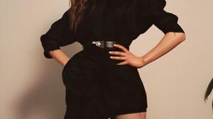 Thomasin McKenzie Women Actress Long Hair Brunette Blue Eyes Simple Background Indoors 1000x1361 Wallpaper